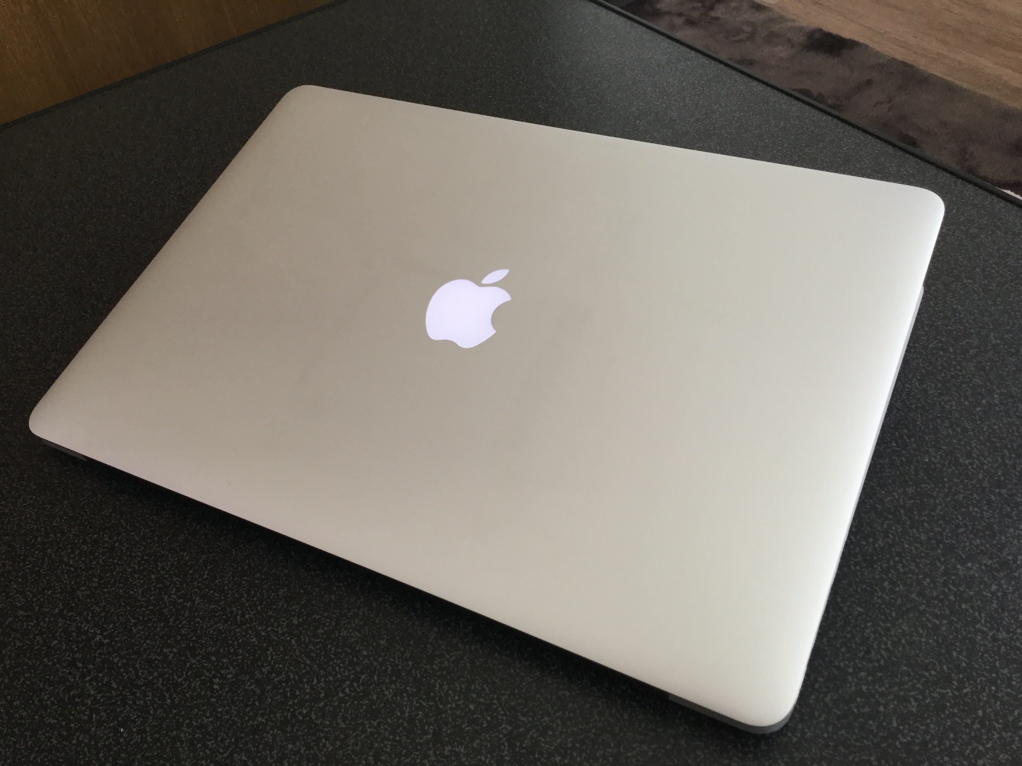 MacBookPro15インチを買い取りに出したらメルカリより高く売れた